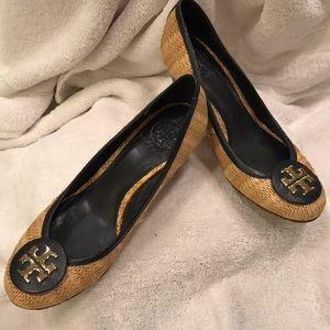 Tory Burch Rafia/Leather wedges size 7.5 M
